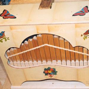 Marqueterie d'un orgue de barbarie - 1999 - face 50 x 40 cm - dessus 50 x 25 cm