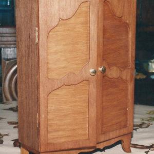 armoire miniature