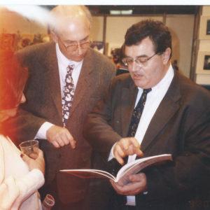 avec Massin mon éditeur salon du livre Paris 1998